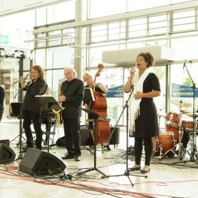 Caponniere Daimler Swing Ensemble